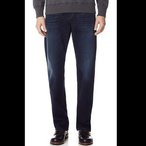NWOT 7 For All Mankind Carsen Easy Straight Jeans